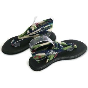 Sanuk Cream Green Yoga Sling 2 Tropical Print Thong Sandal Size 7